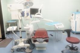 达州亚康口腔医院多功能牙椅