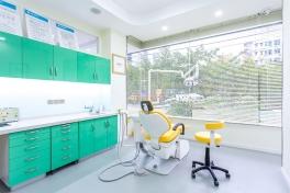 南充美昂口腔医院诊室