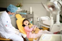 南充口腔医院治疗诊室2